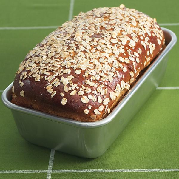 Nordic Ware Natural Aluminum Commercial Loaf Pan